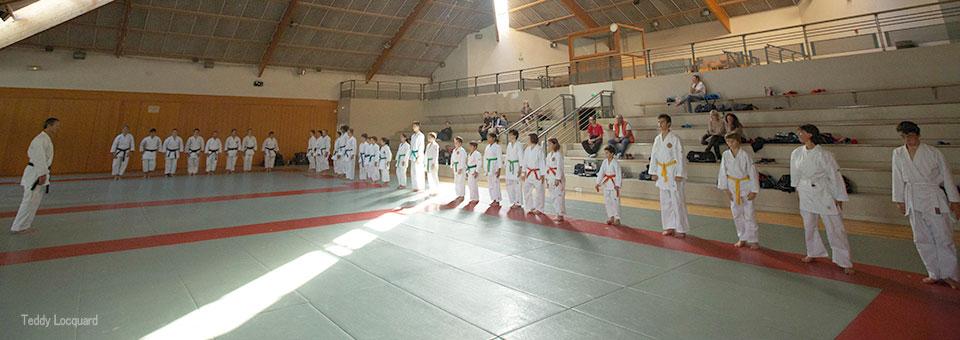 Réveil sportif Karaté Saint Cyr